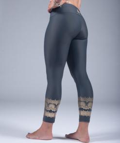 yoga leggings 100% recycled